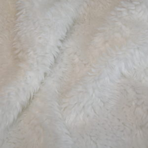 Искусственный мех с отделкой под овчину белый
