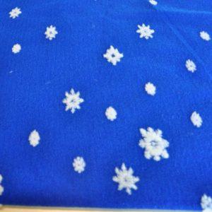 Мех белые снежинки на синем фоне